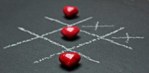 Как сохранить семью мужу - игры в семье