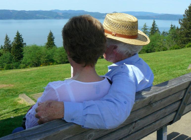 Как правильно общаться с родителями? Советы молодоженам.